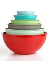colored_melamine_bowls.jpg