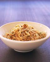 edf_apr04_side_noodles.jpg