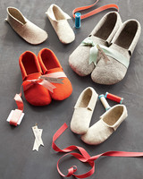 felt-slippers-md107878.jpg