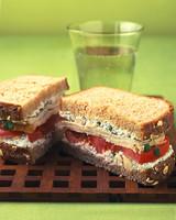 la102294_1006_sandwich.jpg