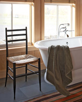 mld104573_1009_bathtub.jpg