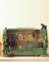 0206_kids_junglediorama.jpg