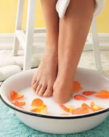 feet-soak-0511mld107144.jpg