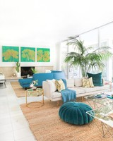 Kelly Oxfordu0027s Family Room Designed By Homepolish