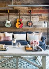 kelsea ballerini living room