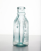 ld105857_0810_bottle_240.jpg