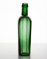 ld105857_0810_bottle_244.jpg