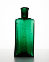 ld105857_0810_bottle_247.jpg