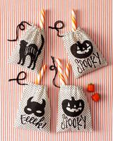 mscrafts-hlwn-treat-bags.jpg