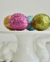 sequin-easter-eggs7-0417.jpg (skyword:416534)