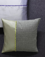 ld104586_0310_pillow2_002.jpg