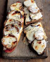 mea101428hy_0705_eggplant.jpg