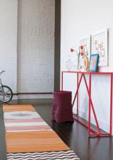 minimalist-rug-white-1016.jpg (skyword:349119)