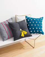 pillow-bench-356-md110971.jpg