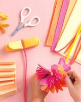 flower-howto-0511mld107144.jpg