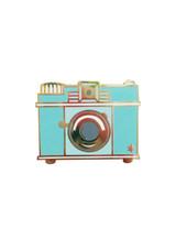 martha-stewart-pins-camera.jpg (skyword:363810)