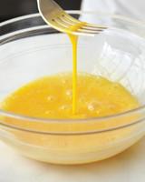omelet-howto-049-mld110179.jpg