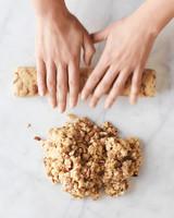 shaping-dough-main-d112141.jpg