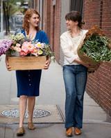 student-flowers3-mld107663.jpg