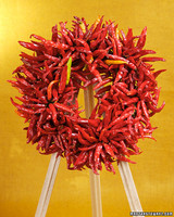 tvm3007_092007_chiliwreath.jpg