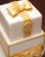 doer_0723_bethann_50th_cake.jpg