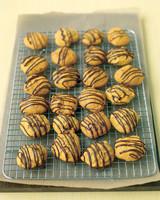 ed103255_1107_pumpkincookie.jpg
