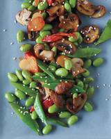edamame-salad-0411mbd106969.jpg