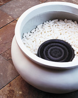 ml107I11_0701_styrofoam_pot.jpg