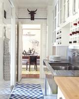 mld104985_0909_kitchen1_008.jpg
