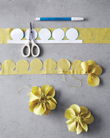 corsages-how-to-029-md110947.jpg