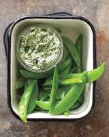 kale-dip-snap-peas-mbd108318.jpg