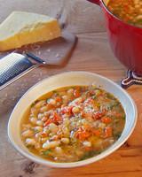 mh_1042_cannellini_bean_soup.jpg