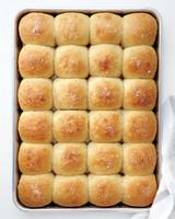 parker-house-rolls-med107616.jpg