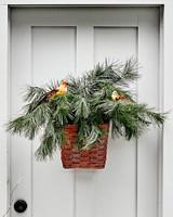 winter bird basket