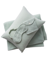 green-blanket-set-308-d111535.jpg