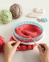 knit-and-weave-loom-mrkt-1212.jpg