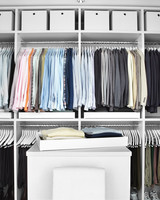mld105280_0110_closet_hanging.jpg