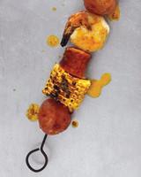 shrimp-boil-0611meed107092keb.jpg