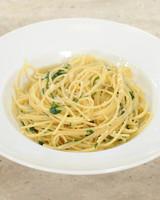 spaghetti-garlic-oil-mslb7004.jpg