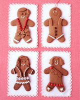 6055_113010_gingerbread_people.jpg