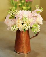 6142_042511_flower_arrangement.jpg