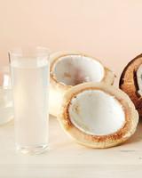 coconut-water-0611mbd107303005.jpg