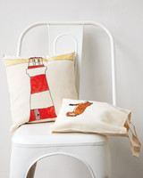 kids-tote-pillows-012-md110117.jpg