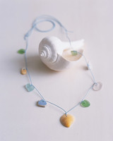 mla102754_aug07_shell_necklace.jpg