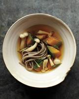 soba-noodle-soup-032-mld109436.jpg