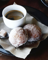 spiced sugar bomboloni