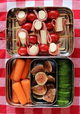 antipasti-sticks-nut-free-lunch.jpg (skyword:335889)