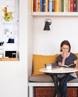 kitchen-book-nook-063-d111408-r.jpg