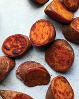 med105388_0110_sid_sweet_potato.jpg(med105388_0110_sid_sweet_potato.jpg)
