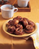 mini-sticky-buns-1103-mla100409.jpg